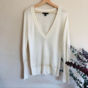 {Express} V-Neck pullover Sweater {S}